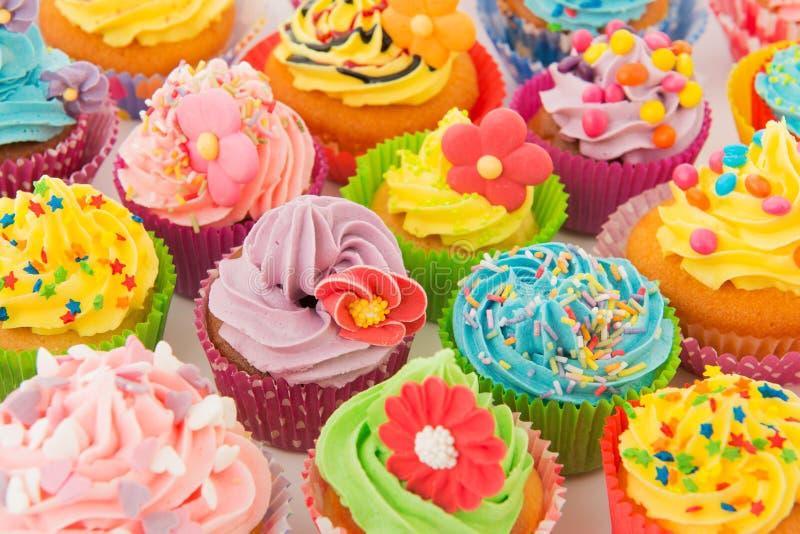 Gâteaux d'anniversaire photos stock