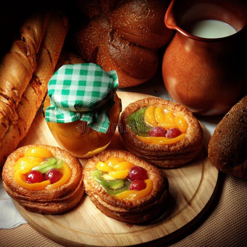 Gâteaux de fruit images stock