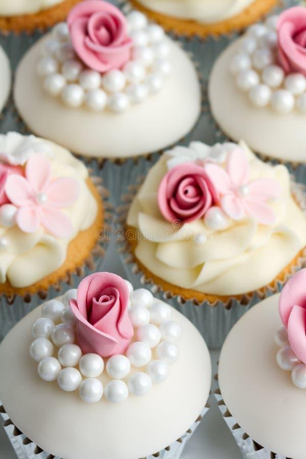 Gâteaux de mariage image libre de droits