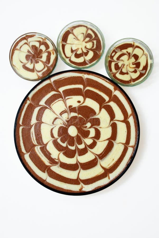 Gâteaux de vanille de chocolat photographie stock