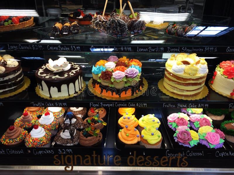 Gâteaux et desserts images libres de droits