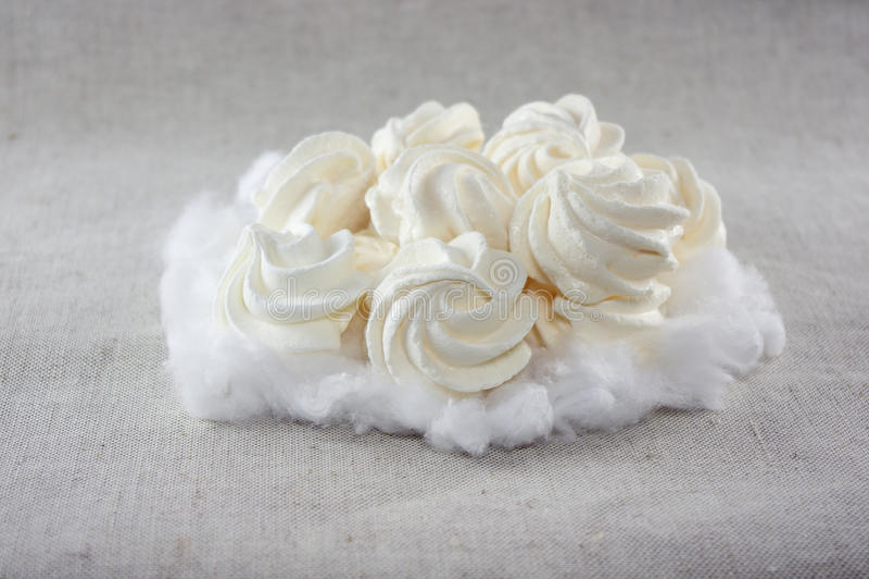 Gâteaux mous de meringue photographie stock