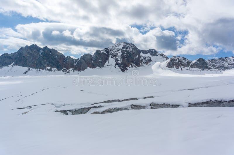 Góra krajobraz w Europa Alps górach obrazy royalty free