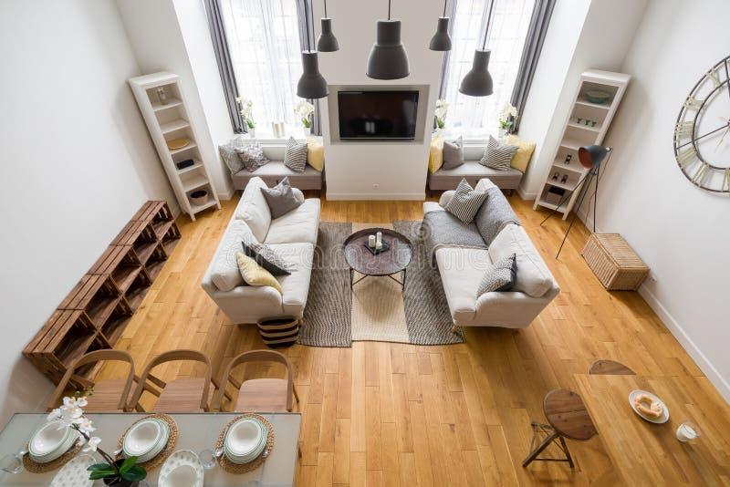 Góra stylowy żywy pokój, odgórny widok fotografia royalty free