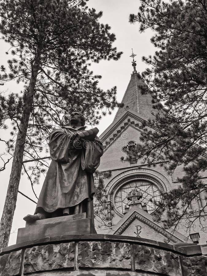 Görlitz, monochrome изображение церков Luther и статуи Luther стоковая фотография rf