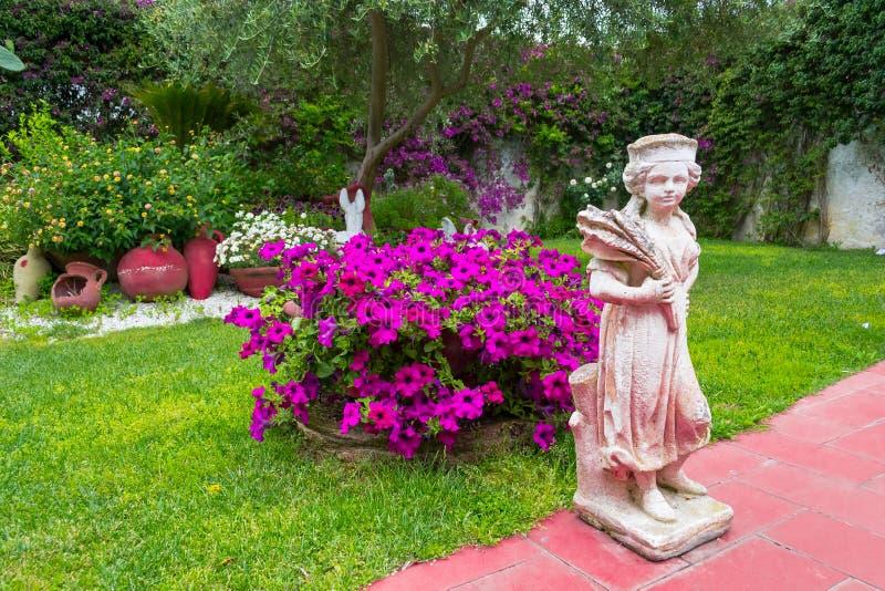 Gärten in der Stadt stockbild