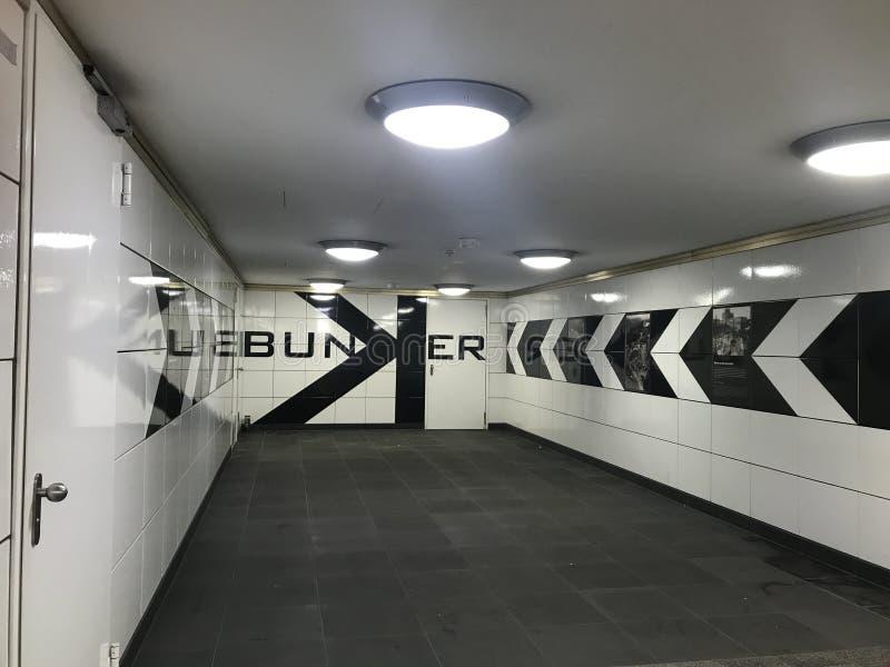 Gångtunnelstopp i Berlin royaltyfri fotografi