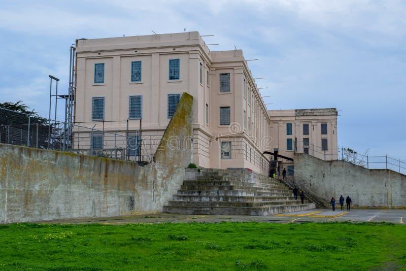 Gård för Alcatraz straffanstaltrekreation fotografering för bildbyråer