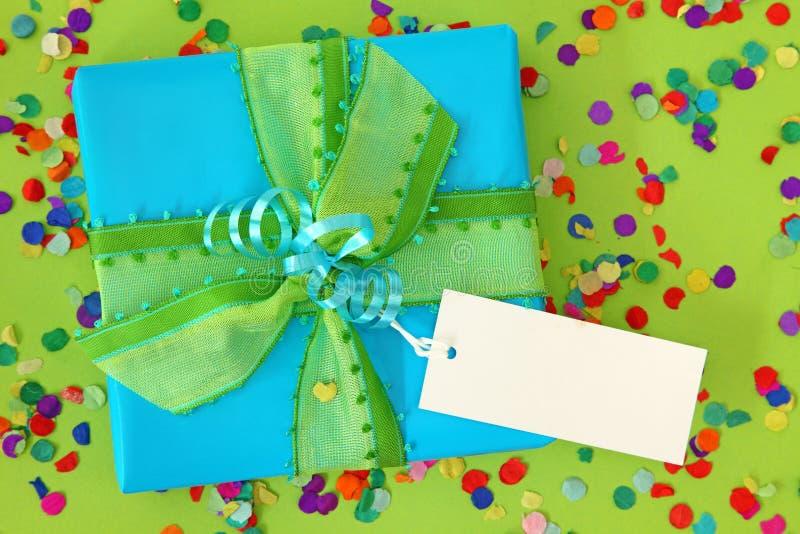 gåva för blå ask arkivbild