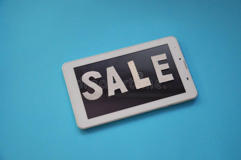 Gåvaaskar för åtlöje upp malldesign Ferieförsäljningsbegrepp ovanför sikt Lekmanna- lägenhet card grund shopping för dof-fokushan royaltyfri foto