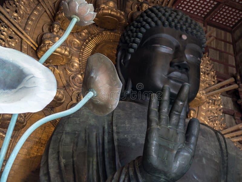 Géant Bouddha dans le tombeau de Nara photos libres de droits