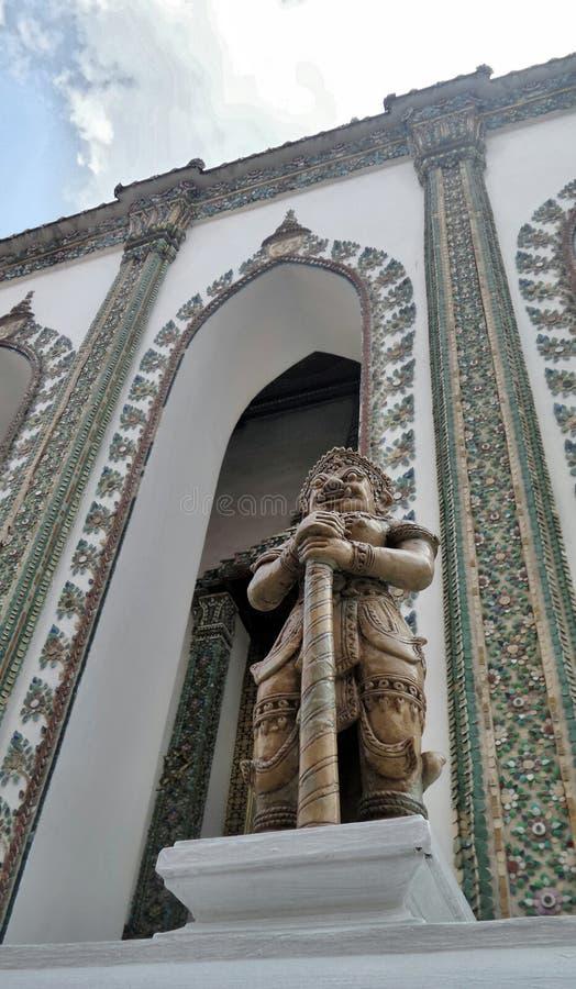 Géant de Yaksi le gardien du temple royal en Wat Phrakaew, Bangkok image stock