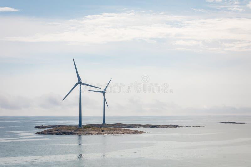 Générateur de turbines de vent à la mer baltique ?les d'Aland, Finlande l'europe photo stock