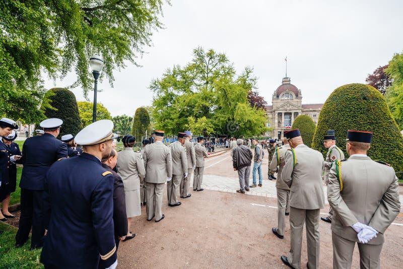 Généraux français à la cérémonie dans le jour d'armistice central de Strasbourg image libre de droits