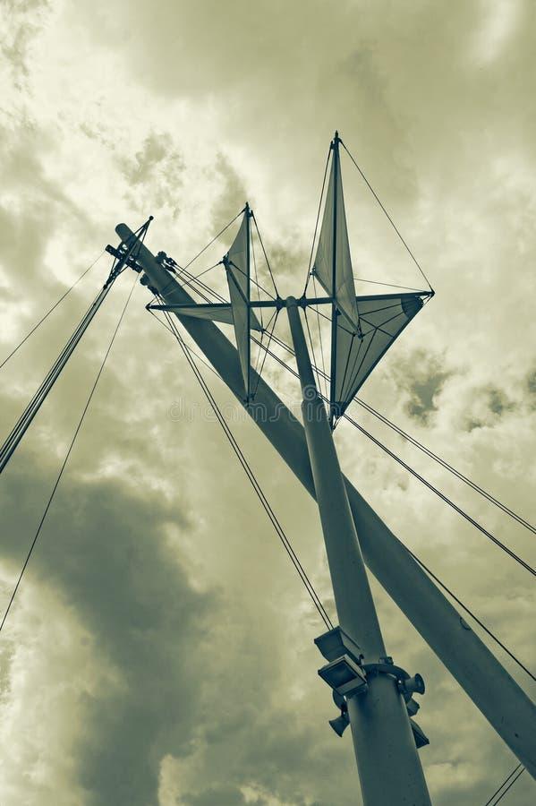 Génova: azul y blanco Estructura de Le vele delante de Bigo cerca imágenes de archivo libres de regalías