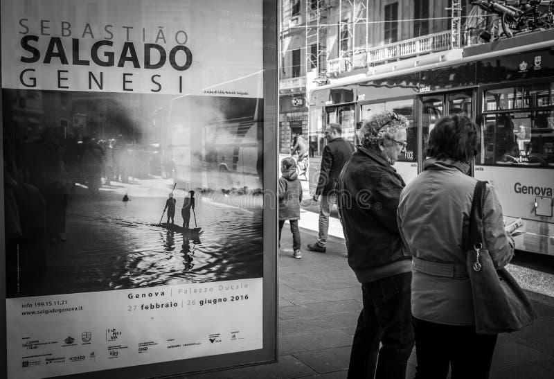 Génova, Italia - 21 de abril de 2016: Photograp brasileño famoso del viaje imagenes de archivo
