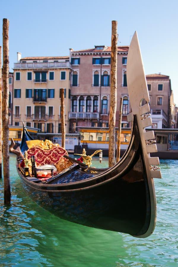 Góndola veneciana en el Gran Canal fotografía de archivo libre de regalías