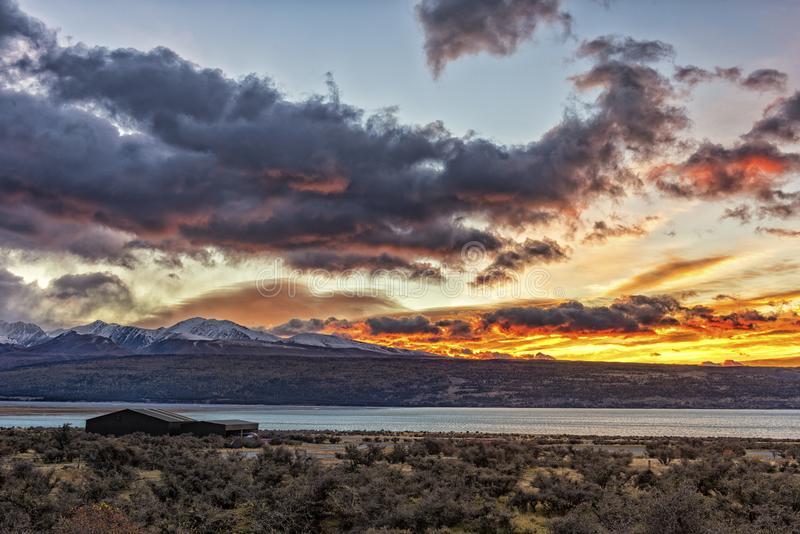 Góra Cook z Jeziornym Pukaki fotografia stock