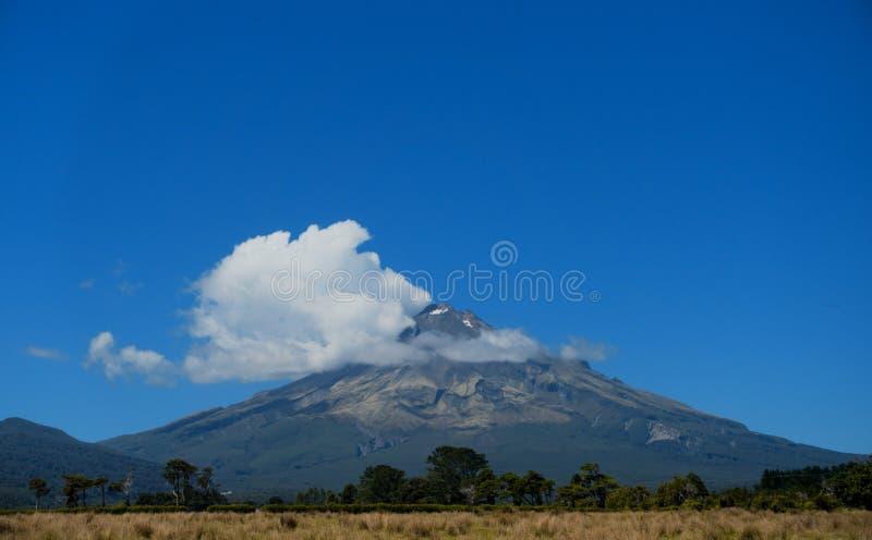 Góra Egmont, góra Taranaki, Taranaki, Południowa wyspa, Nowy Zealan zdjęcie royalty free
