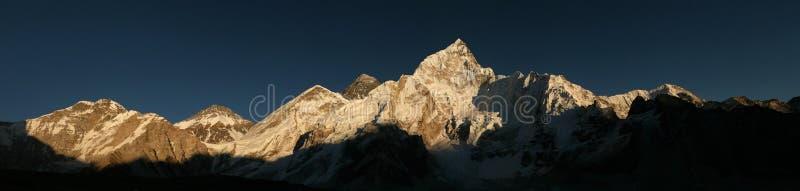 Góra Everest i Khumbu lodowiec od Kala Patthar, himalaje obraz stock