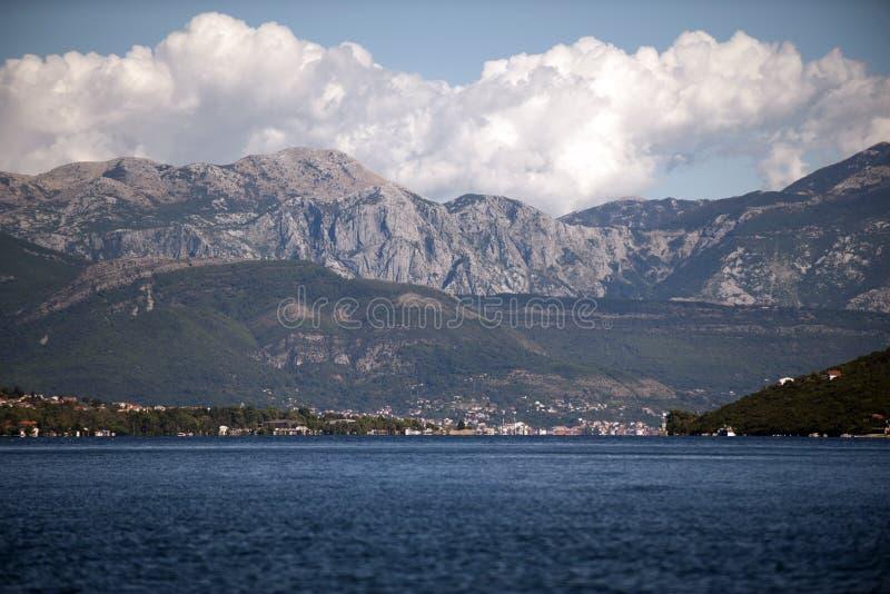 Góra krajobraz Kotor zatoka, Montenegro zdjęcia royalty free