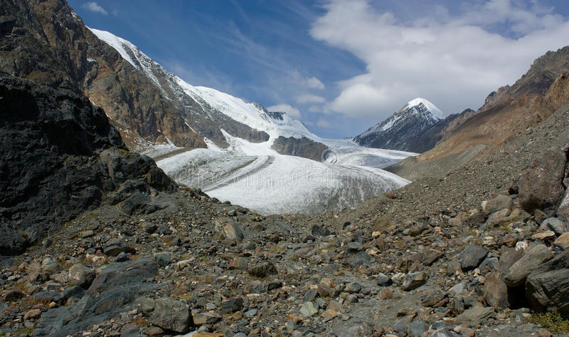 Góra krajobraz. Lodowiec. Halny Altai. fotografia stock