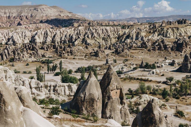 góra krajobraz w Goreme parku narodowym, czarodziejscy kominy, obrazy stock