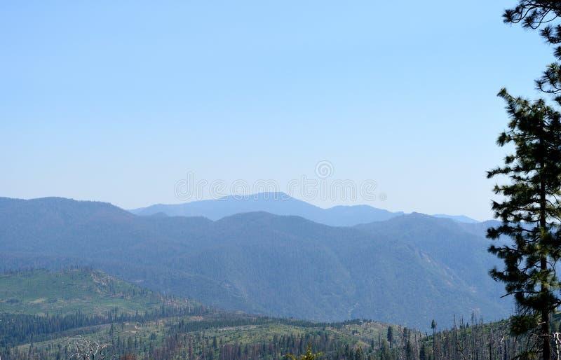 Góra krajobraz w Yosemite parku narodowym, CA, usa fotografia royalty free