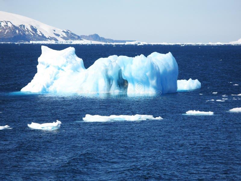 góra lodowa obrazy royalty free