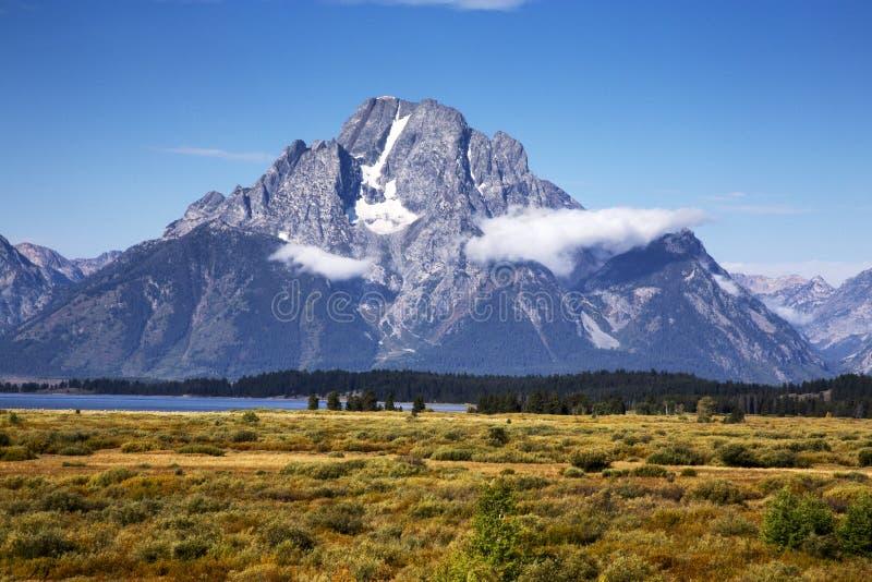 Góra Moran od Wierzbowych mieszkań w Uroczystym Teton parku narodowym, Wyoming obrazy royalty free
