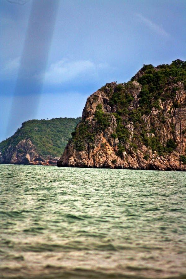 Góra na morzu obrazy royalty free