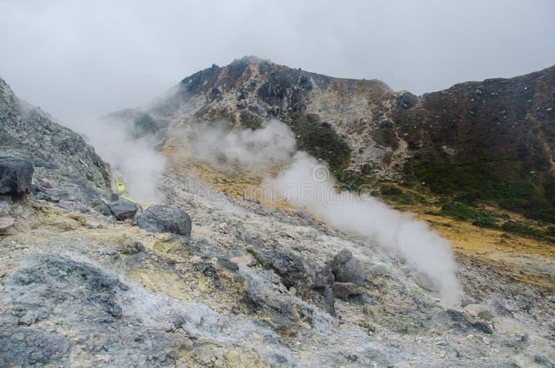 Góra Sibayak, Północny Sumatra, Indonezja zdjęcie stock