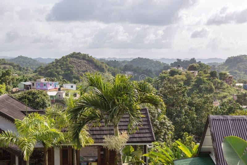 Górkowata góry strona Dziewięć mil od Bob Marley muzeum Jamajka obraz stock