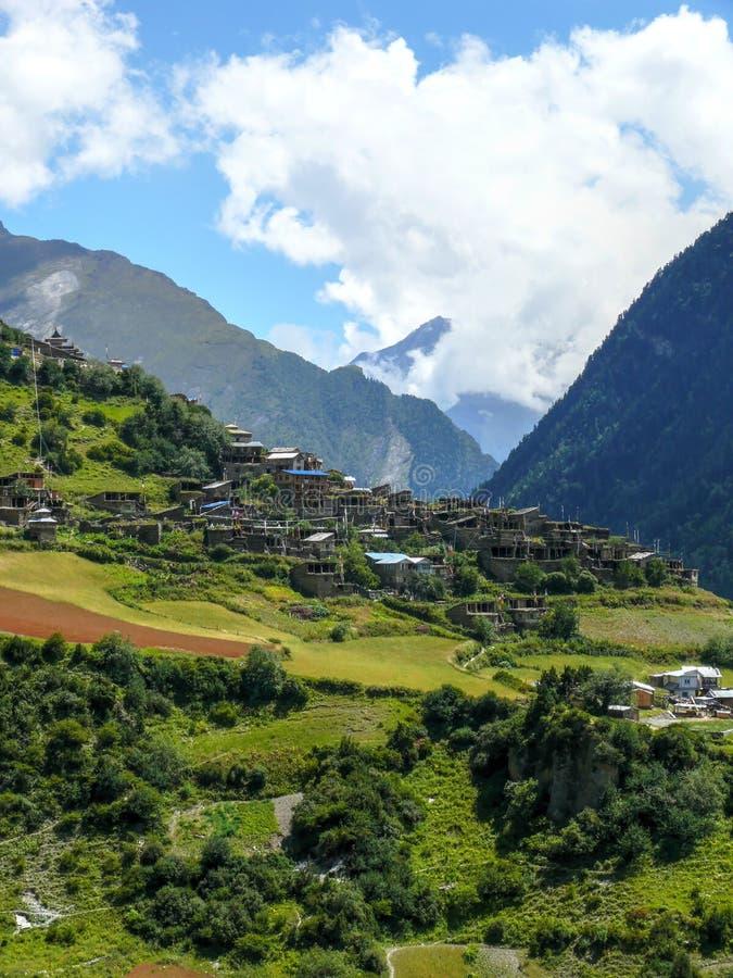 Download Górna Pisang I Swargadwari Danda Góra, Nepal Obraz Stock - Obraz złożonej z nepal, stróżówka: 53787441