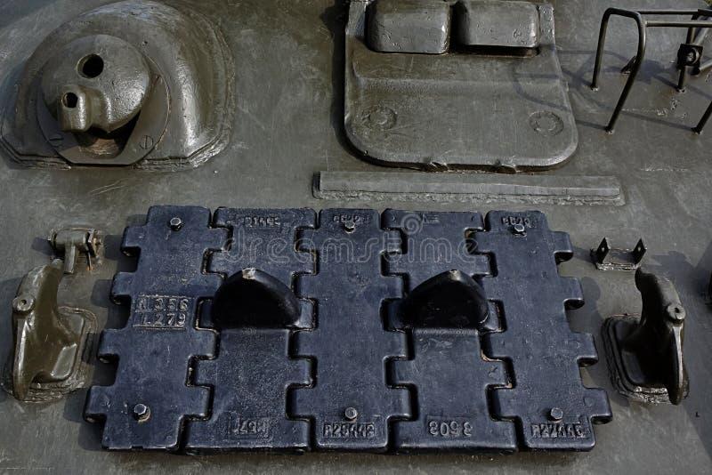 Górnego przodu talerz sowieci T34 główny batalistyczny zbiornik z dodatkowym śladem i maszynowy pistolet wspinamy się fotografia royalty free