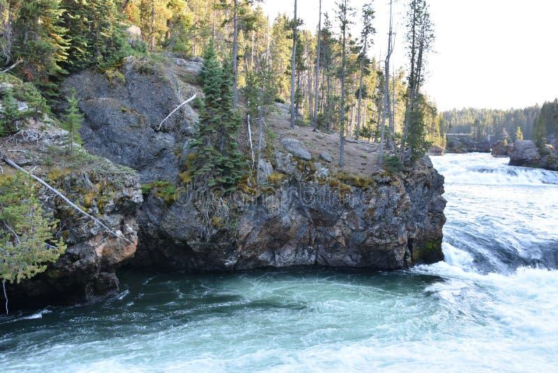 Górni spadki Uroczysty jar Yellowstone park narodowy obrazy stock