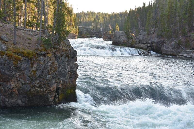 Górni spadki Uroczysty jar Yellowstone park narodowy obrazy royalty free