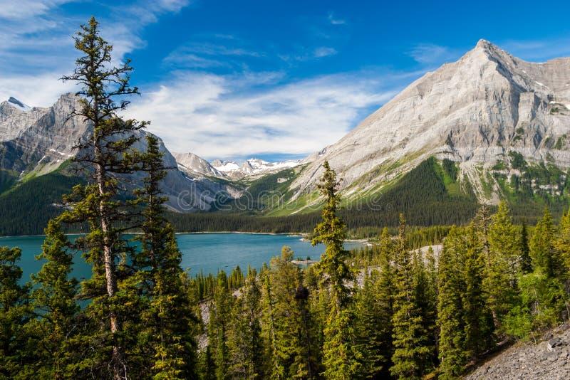 Górny Kananaskis jezioro w Kanadyjskich Skalistych górach obraz stock