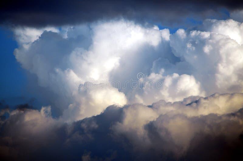 Górować chmury zdjęcie royalty free