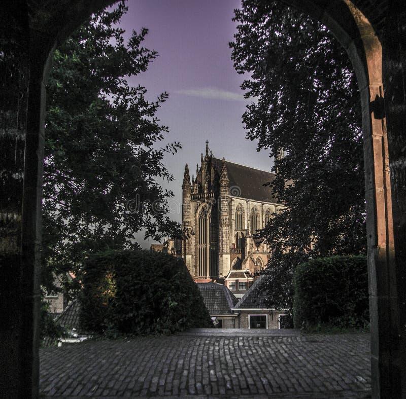 Górski kościelny Leiden Holandia zdjęcie royalty free