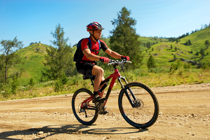 górski wiejskiego motocyklistów drogowy zdjęcie royalty free
