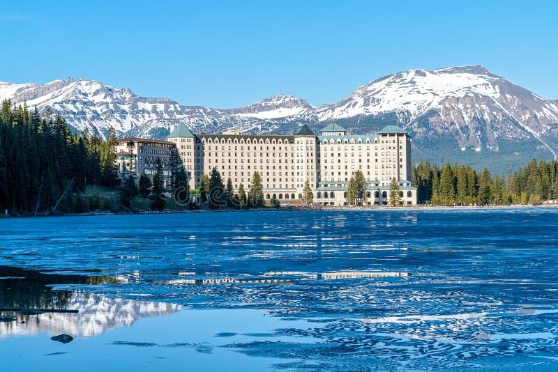 Górskiej chaty Louise Jeziorny hotel - Banff, Alberta, Cana obrazy royalty free