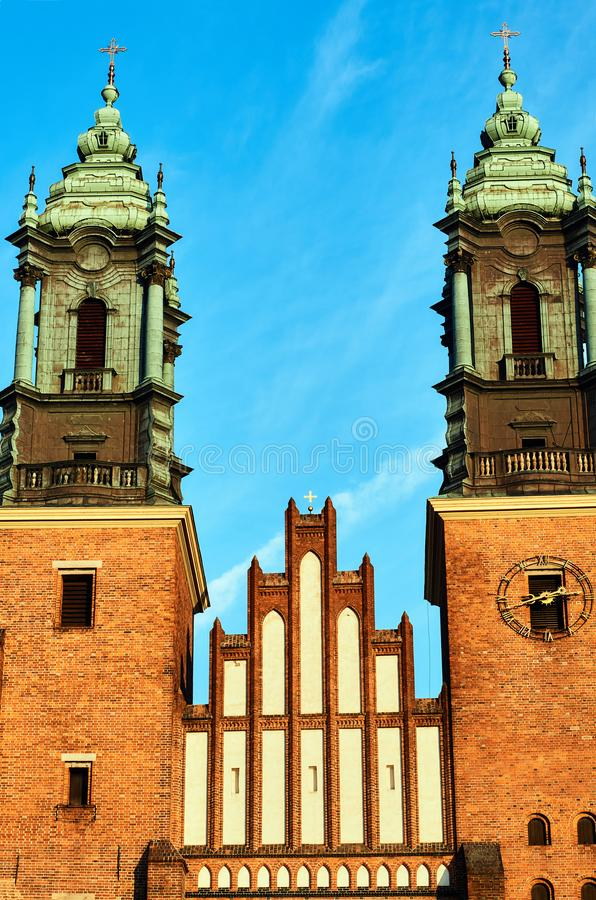 Góruje średniowieczna Gocka katedra fotografia royalty free