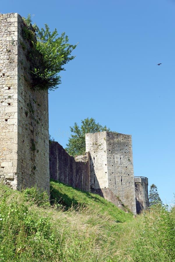 Góruje i ramparts średniowieczny miasto Provins obraz royalty free