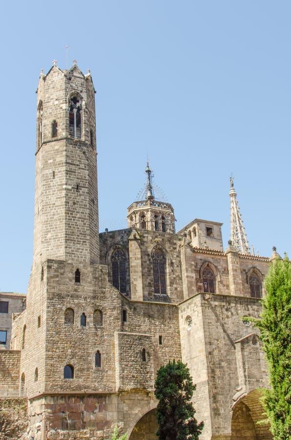 Download Góruje Przy Katedrą W Gothic Bloku Madryt Obraz Stock - Obraz złożonej z historia, europejczycy: 28955553