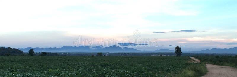 Góry chmura obrazy royalty free