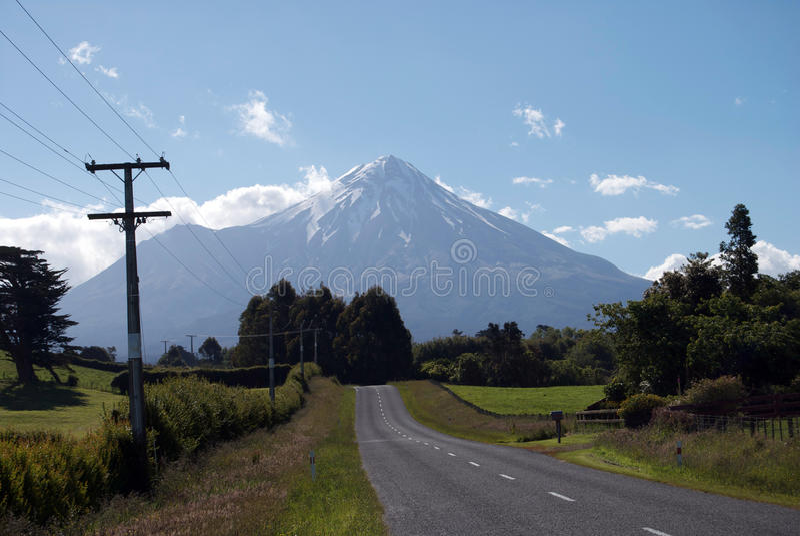 Góry egmont obrazy royalty free