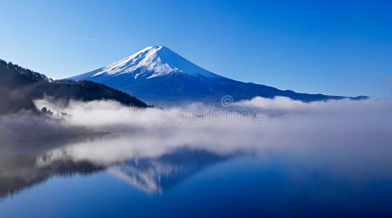 Góry Fuji odbicie obraz royalty free