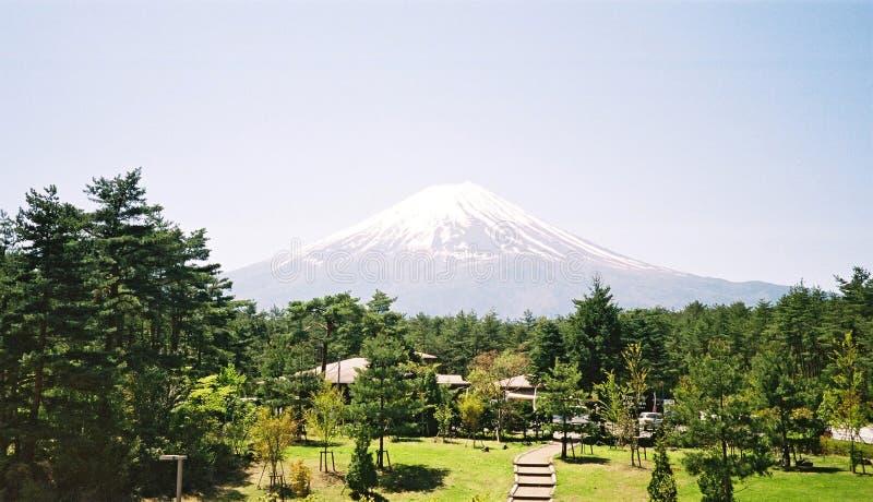 Download Góry fuji Tokio zdjęcie stock. Obraz złożonej z niebo, krajobraz - 140314