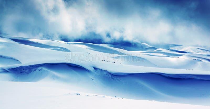 góry krajobrazowa zima obrazy royalty free